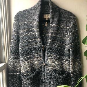 Beautiful Aritzia Wool Blend Cardigan Size Small